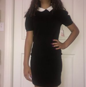 Blsck dress with peter pan collar attached